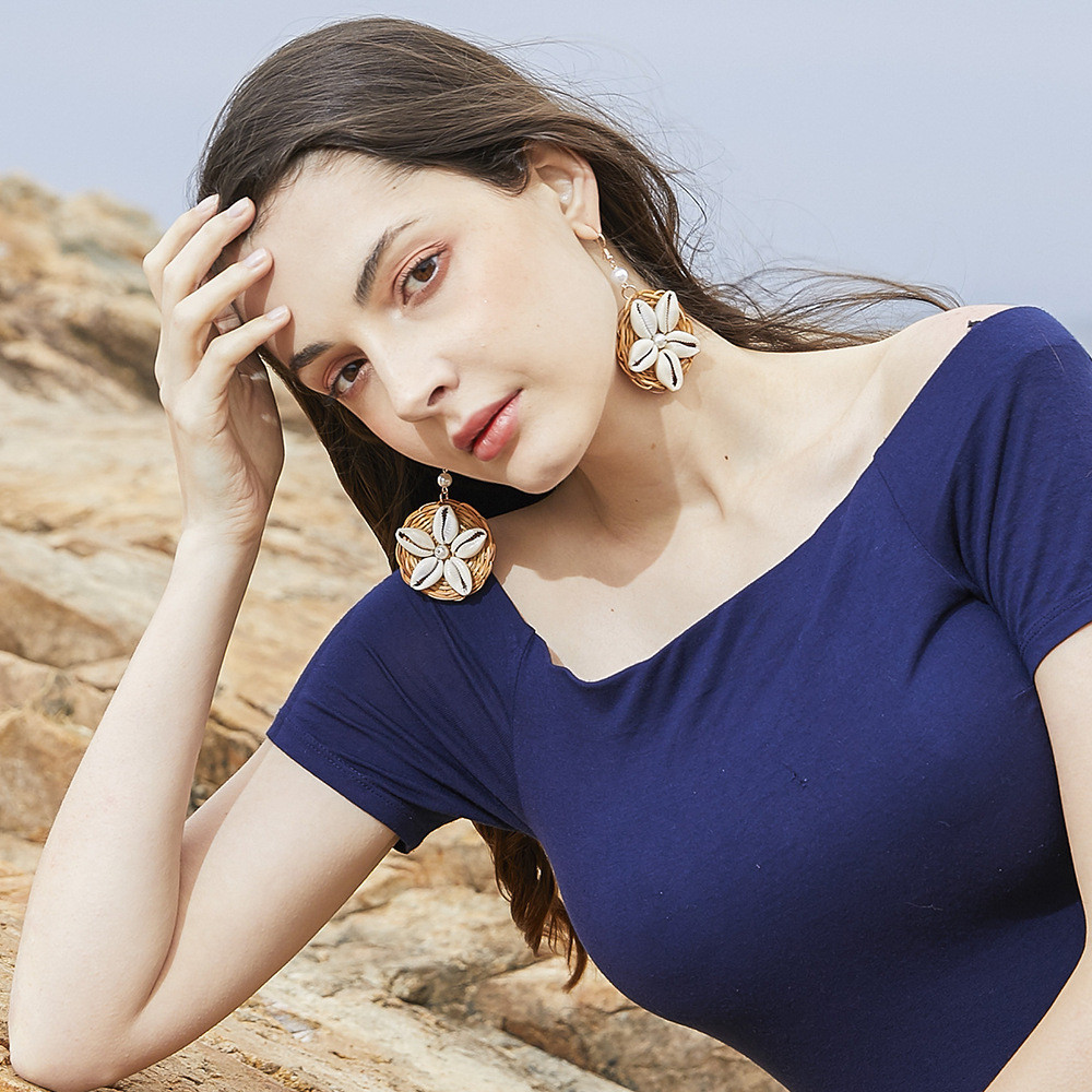 Handmade Fashion Shell Earring