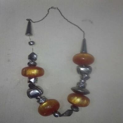 የአንገት ጌጥ Necklace