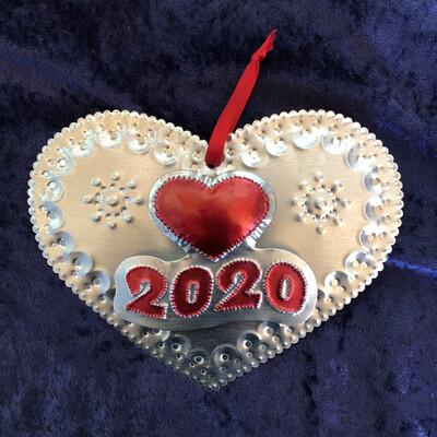 2 Dimension 2020 Heart Ornament