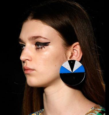 Retro Circle Earrings