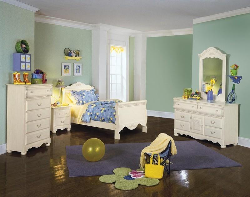 Diana sleigh bedroom set for Diana bedroom set