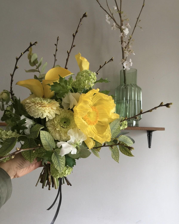 Flower Delivery / Bouquet Petit Bonheur