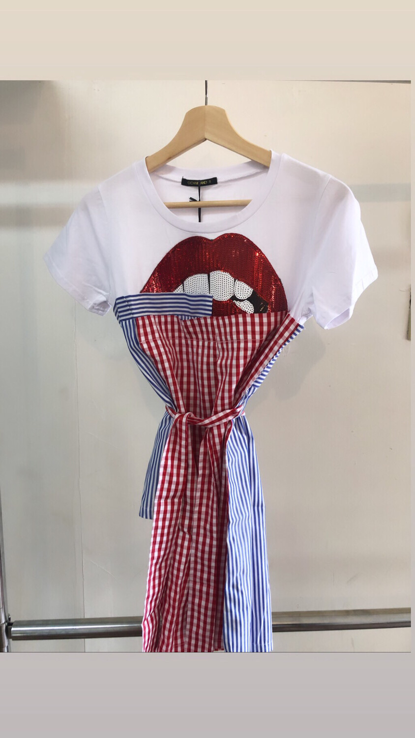 Irregular Lip Plaid T-shirt