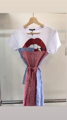 Irregular Lip Plaid T-shirt
