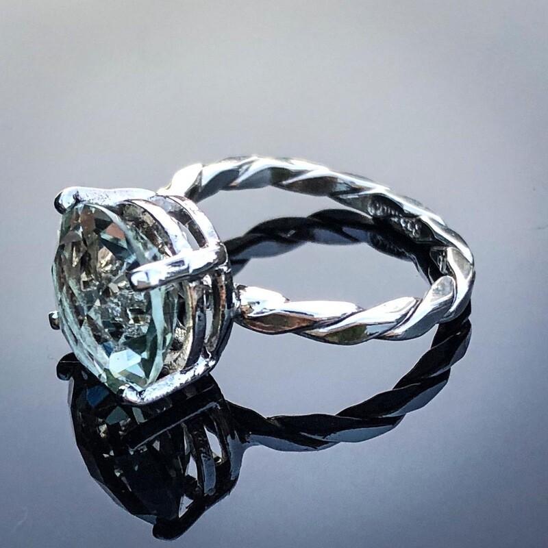Praisiolite Ring