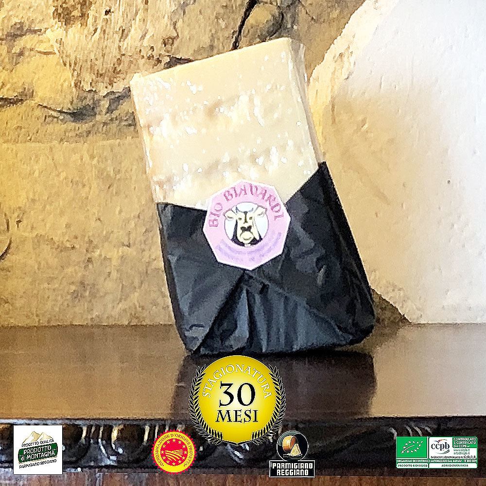 """Parmigiano Reggiano DOP BIO """"Prodotto di Montagna"""" 30 mesi 300g 0005"""