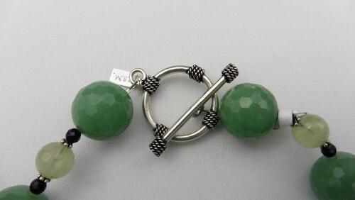 Prehite & Onyx Necklace Set