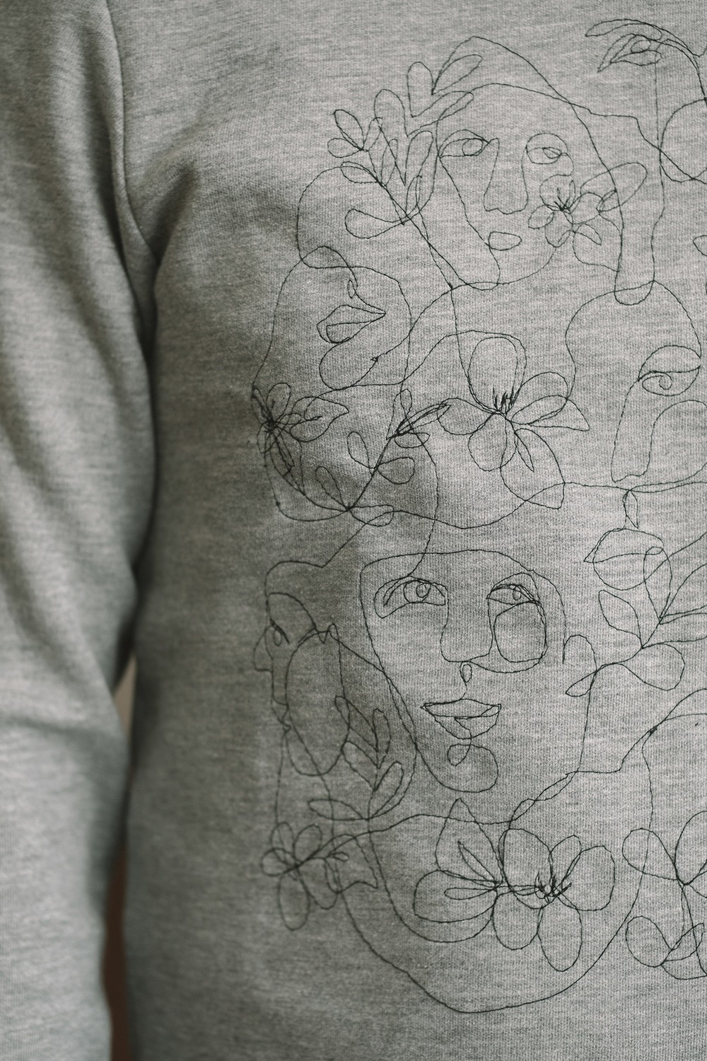 Unisex MEDIUM Sweatshirt