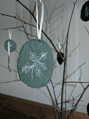 8 Green Ornaments