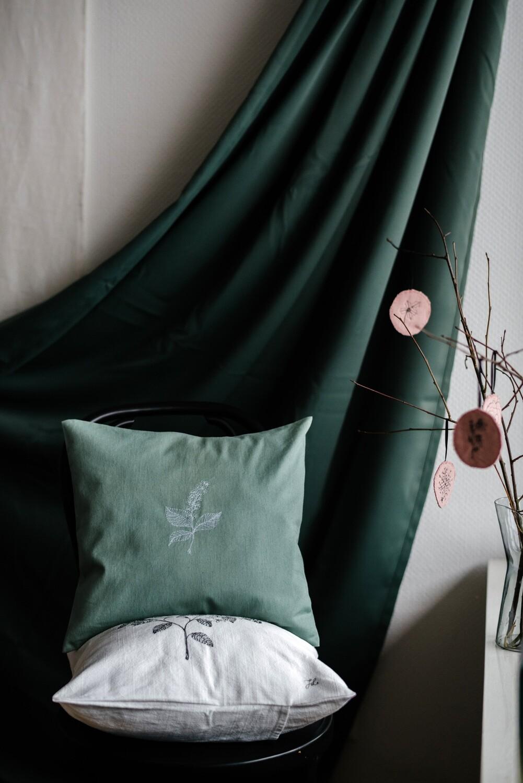 """""""Hägg"""" Green Pillow Cover"""
