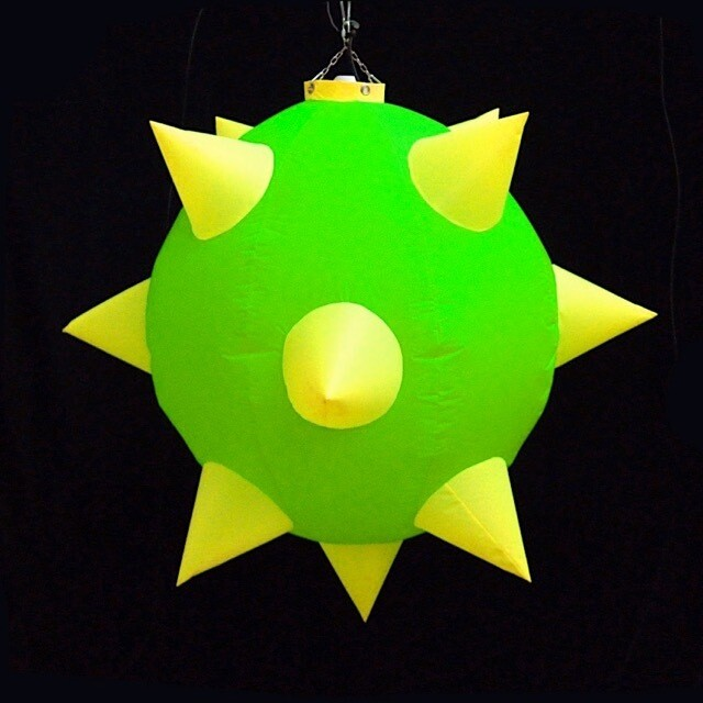 Hanging inflatable 'Mine' 3.3ft/100cm x 3.3ft/100cm
