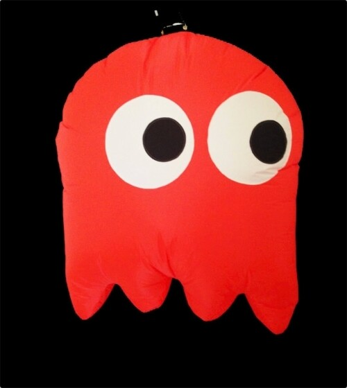 Hanging Inflatable Pac-Ghost 2.6ft/78cm x 3ft/91cm