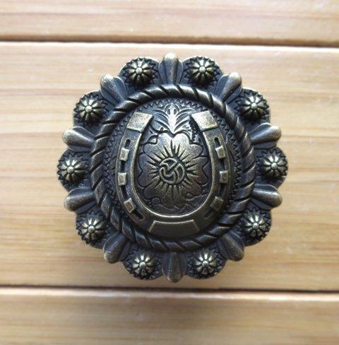 Horseshoe Cabinet Pull ~ 10 PK ~ T1048