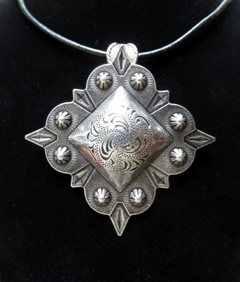 Concho Necklace ~ Square Berry