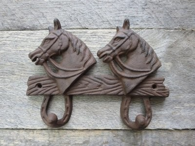Horse Two Hook ~ T6524
