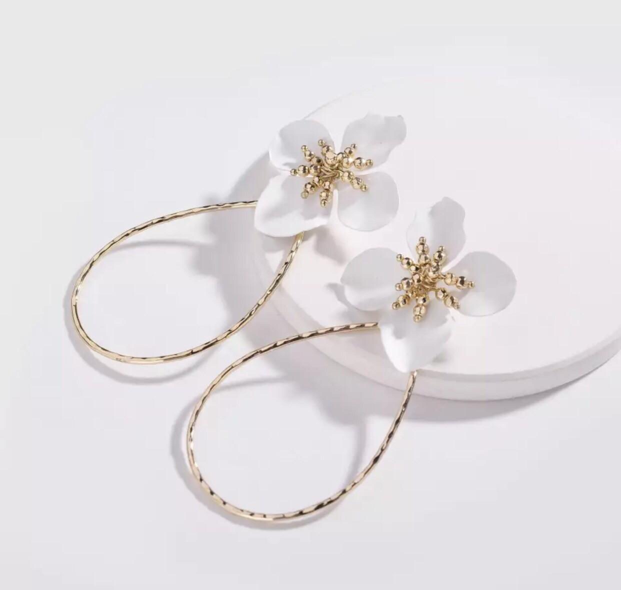 LILEE Earrings