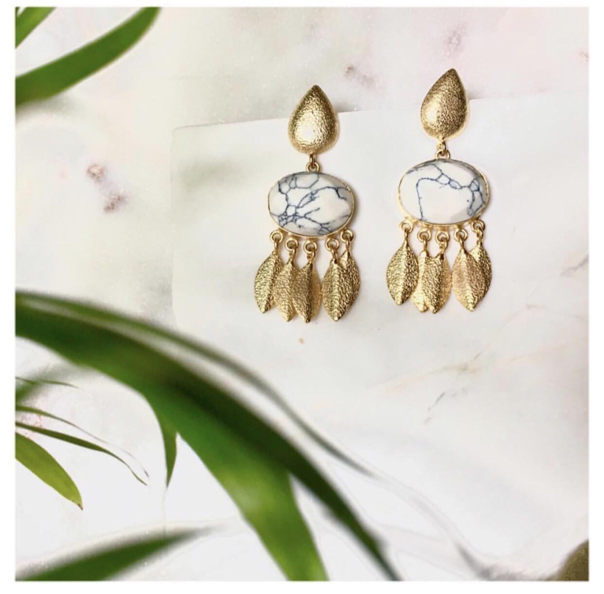 Avae Earring