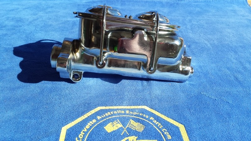 CYLINDER-MASTER-CHROME-WITH POWER BRAKES-77-82 (#E15345) 3A2