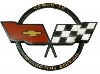 EMBLEM-FUEL DOOR-CROSS FLAG-COLLECTOR'S EDITION-GM RESTORATION-82(#E3798)
