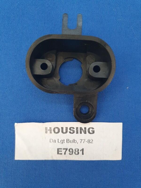 HOUSING-DASH LIGHT BULB-77-82 (#E7981) 1F2