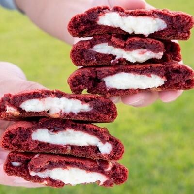Red Velvet Cheesecake CK22