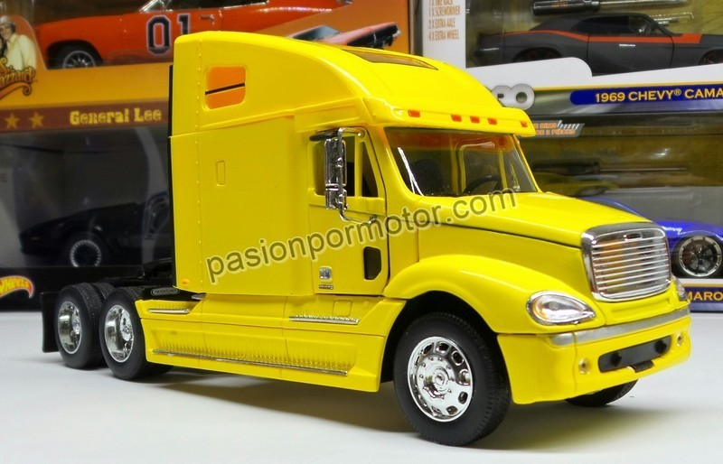 1:32 Freightliner Columbia Amarillo Cabina Welly En Display / A Granel