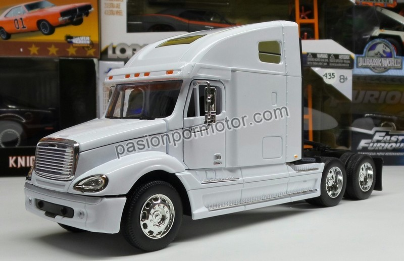 1:32 Freightliner Columbia Blanco Cabina Welly En Display / A Granel