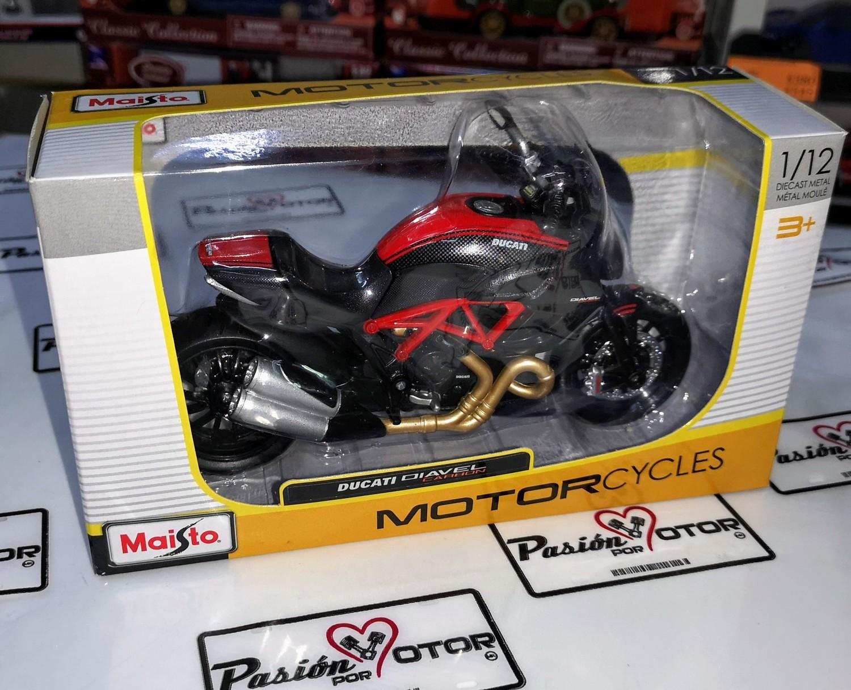 1:12 Ducati Diavel Carbon Negro Moto Maisto
