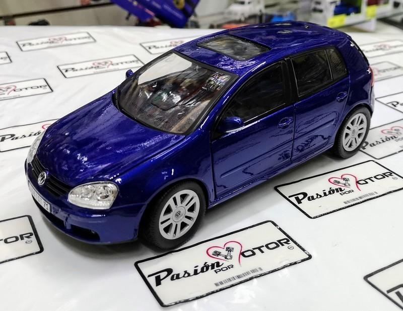 1:18 Volkswagen Golf V 2003 5 Puertas Azul Bburago Burago