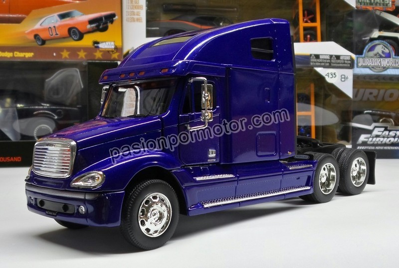 1:32 Freightliner Columbia Azul Cabina Welly En Display / A Granel