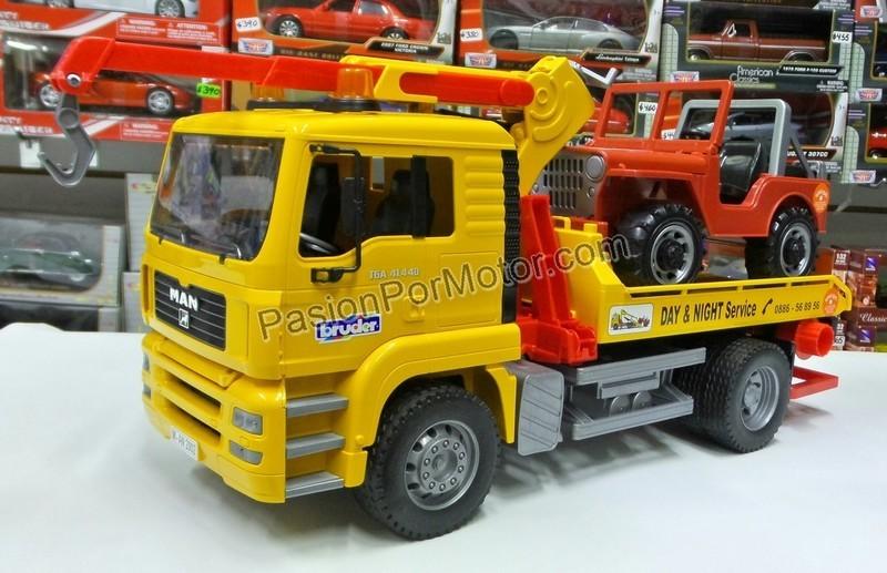 1:16 Man TGA 41.440 Camion Grua de Plataforma Con Jeep Bruder
