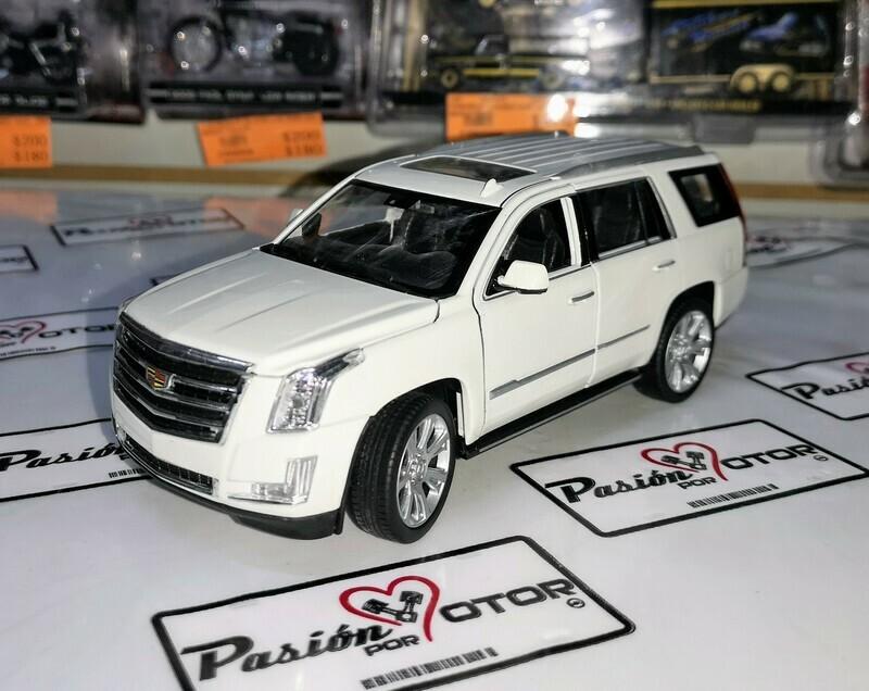 1:27 Cadillac Escalade 2017 Blanco Welly 1:24 En Display / A Granel