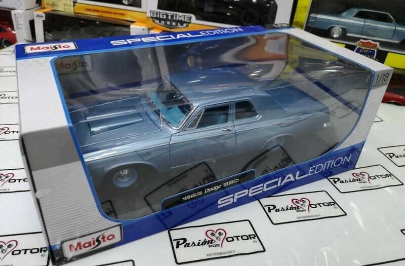 1:18 Dodge 330 1963 Azul Maisto Special Edition