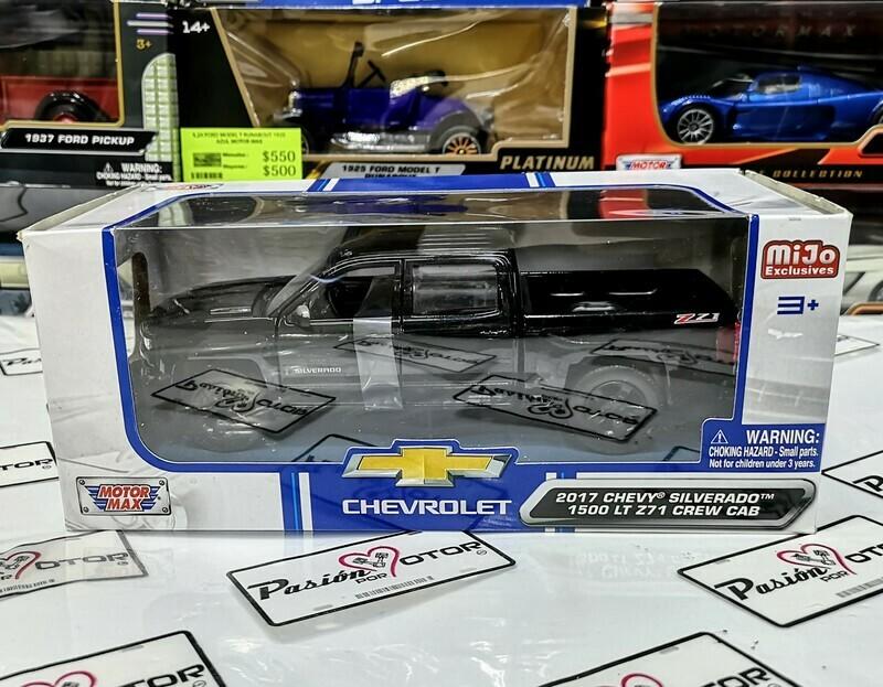 1:27 Chevrolet Silverado 1500 LT Z71 Crew Cab 2017 Negro Pick Up Motor Max C Caja 1:24