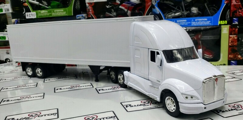 1:32 Kenworth T700 Con Caja Seca Blanco Liso New Ray Trailer