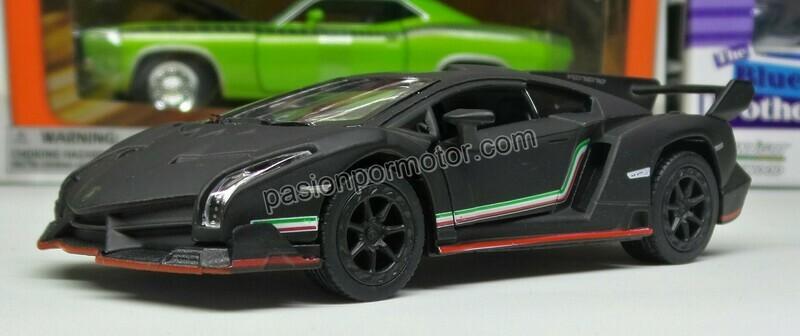 1:36 Lamborghini Veneno 2013 Negro Mate Kinsmart En Display a Granel 1:32