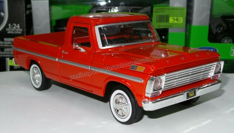 1:24 Ford F-100 Pick Up 1969 Rojo Motor Max C caja