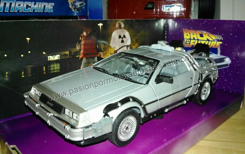 1:24 DMC DeLorean Volver al Futuro I Back To The Future Welly