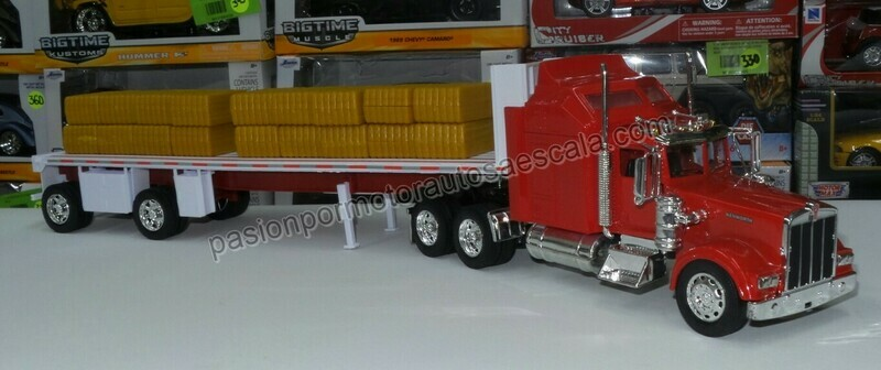 1:32 Kenworth W900 1979 Con Trailer Caja Plana y Pacas New Ray