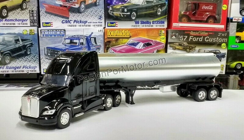 1:32 Kenworth T700 2011 C Trailer Pipa Cromada New Ray