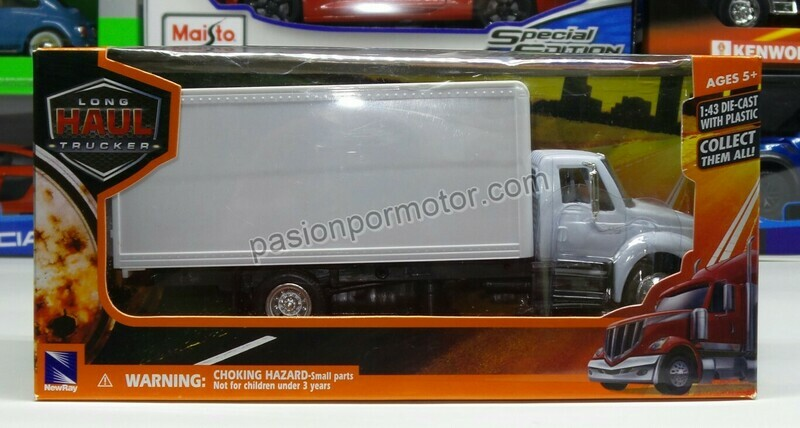 1:43 International Durastar 4200 Rabon Con Caja Seca Blanco New Ray