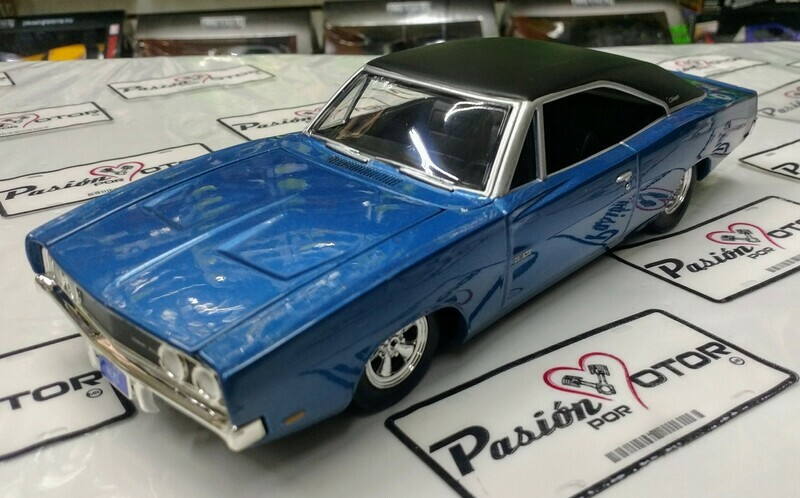 1:24 Dodge Charger 500 Custom 1969 Azul Auto World