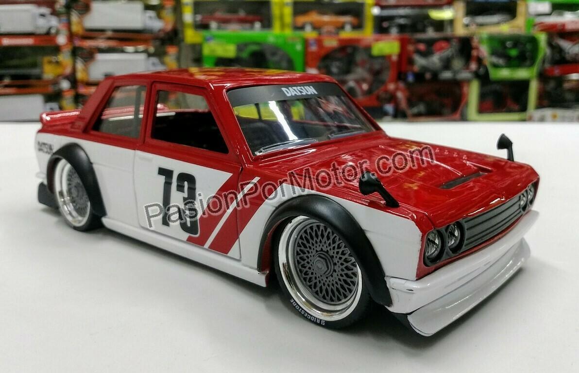1:24 Datsun 510 Widebody 1973 Rojo Blanco Jada Toys JDM Tuners En Display / A Granel