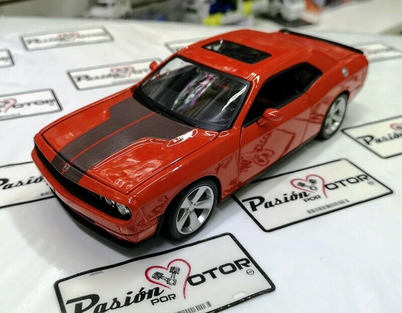 1:24 Dodge Challenger SRT8 2008 Naranja Maisto Special Edition En Display / A Granel