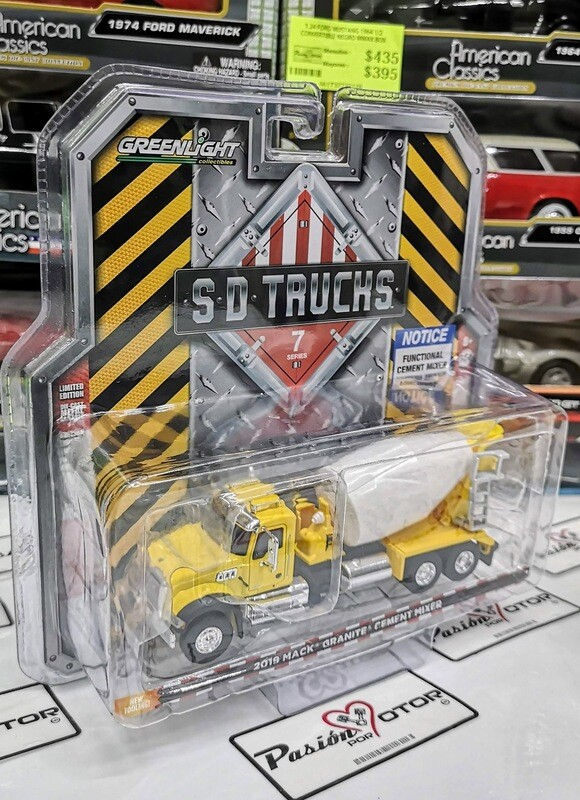 1:64 Mack Granite 2019 Revolvedora de Cemento Amarillo Greenlight SD Trucks Serie 7