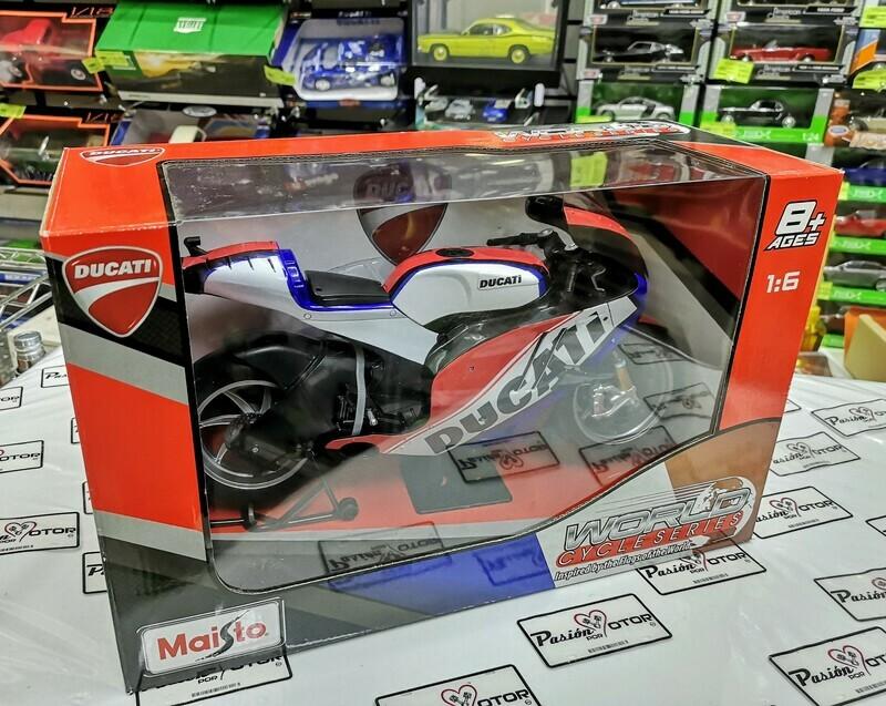 1:6 Ducati Desmosedici France 2014 Maisto World Cycle Series