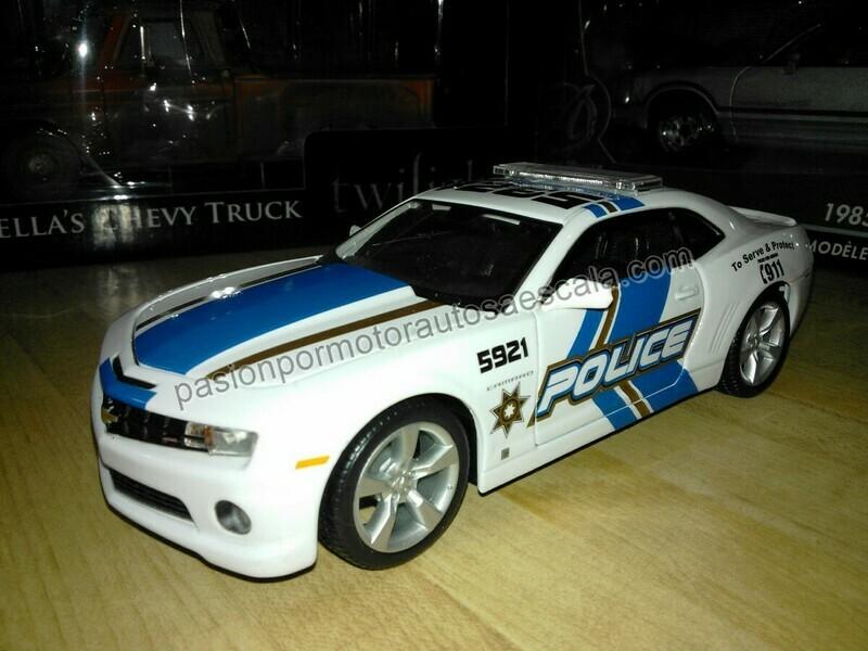 1:24 Chevrolet Camaro SS/RS 2010 Police Patrulla Maisto Special Edition En Display / A Granel