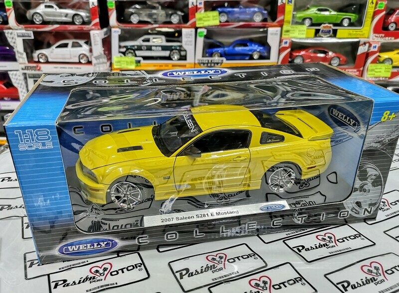 1:18 Ford Mustang Saleen S281E 2007 Amarillo Welly