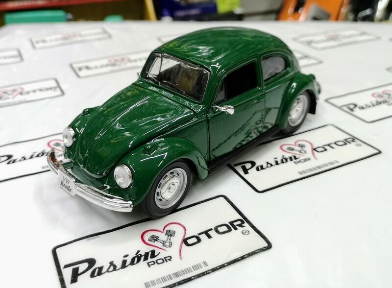 1:25 Volkswagen Beetle 1303 1972 Verde Maisto Special Edition En Display / A Granel