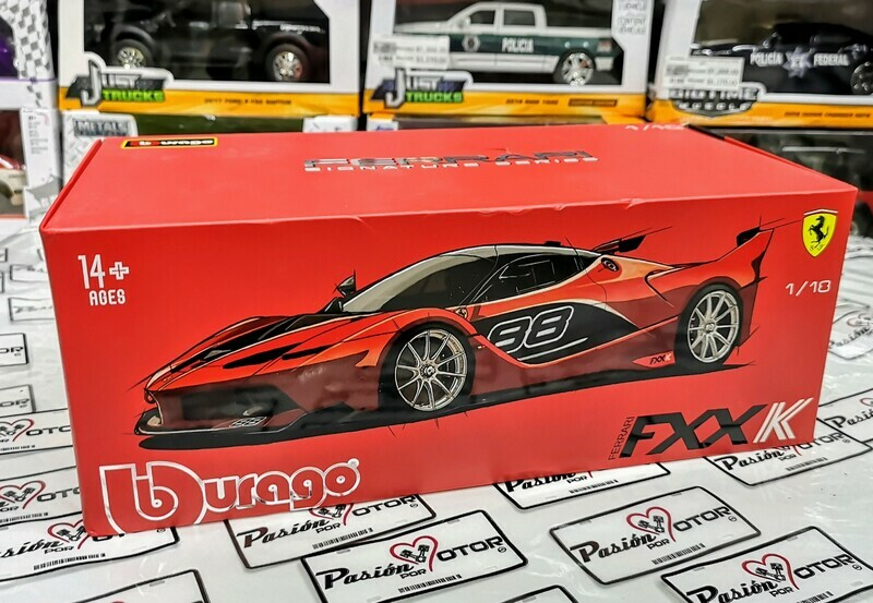 1:18 Ferrari FXX K 2015 Rojo Bburago Signature